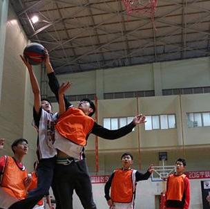 李秋平篮球培训