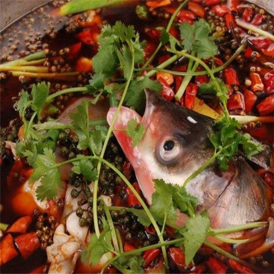 辣三疯美蛙鱼头火锅