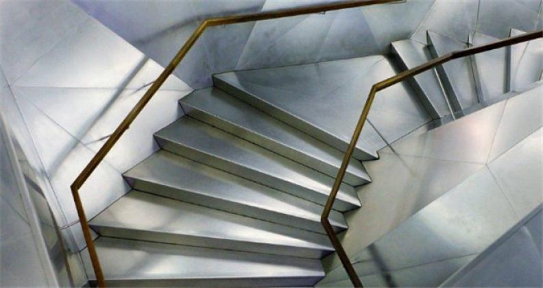 老铁匠楼梯加盟