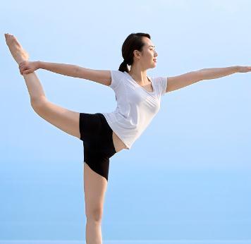 阿努萨拉瑜伽