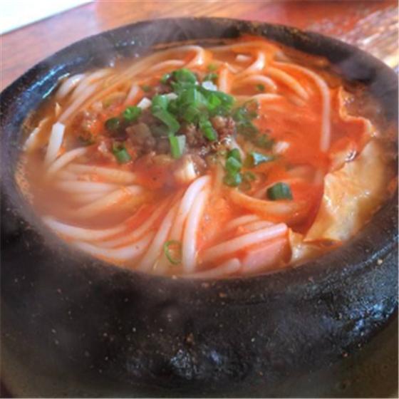 筑味贵州酸汤粉