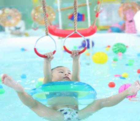 神州爱婴婴幼儿水育