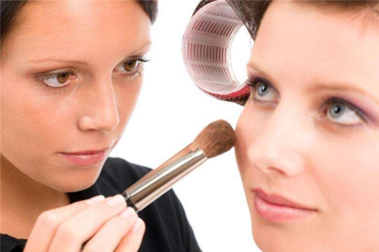 曼姿化妆品加盟