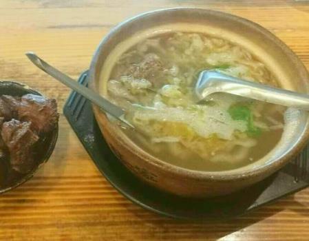 老道外砂锅坛肉