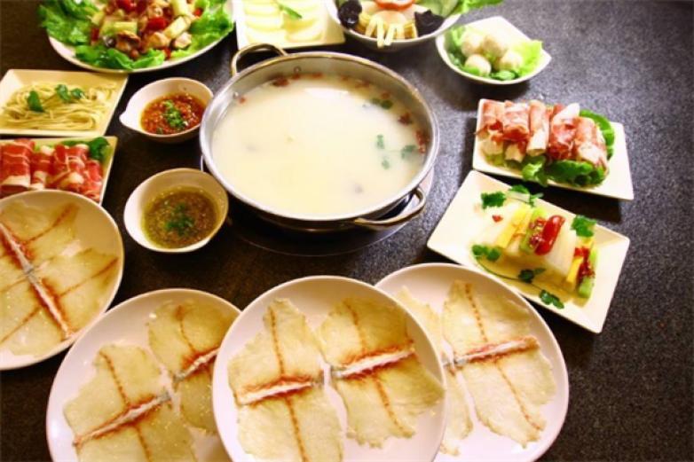 斑鱼庄火锅加盟