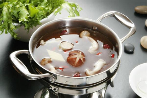 農語曉鎮菌湯