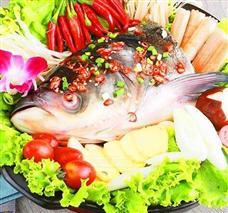 青三椒鱼头火锅